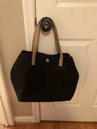 Black purse with pouch inside Ashburn, 20147