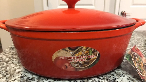 7Qt Enameled Cast Iron Dutch Oven (Never used tag still on)