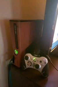 Xbox 360 with wooden decal installed Newport News, 23602