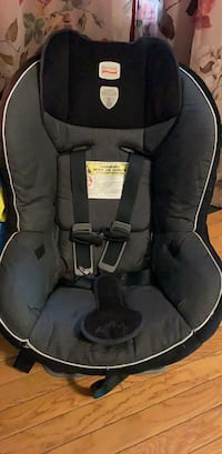 Car seat  Crystal Lake