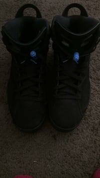 pair of black Air Jordan basketball shoes Washington, 20032