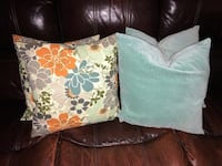 Throw pillows Alexandria, 22310