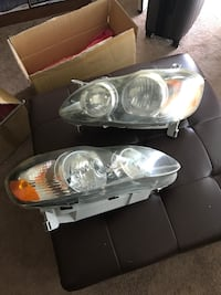 vehicle headlights with box Chantilly, 20151