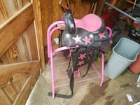 toddler's pink and black horse saddle an stand Hamilton, L9H 7L6