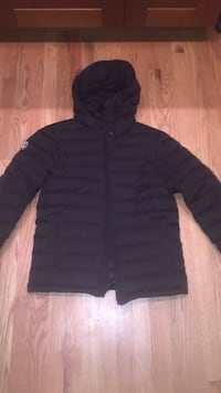 black full-zip hoodie puffer jacket