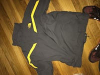 North face jacket size XL fit like a M 22 mi