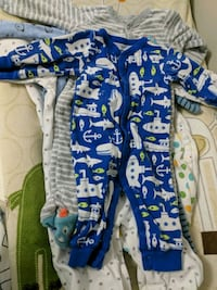 baby's three assorted footies Oakville, L6M 4Z1
