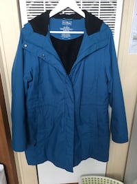 Ladies LL Bean hooded coat-in great condition  Baltimore, 21220