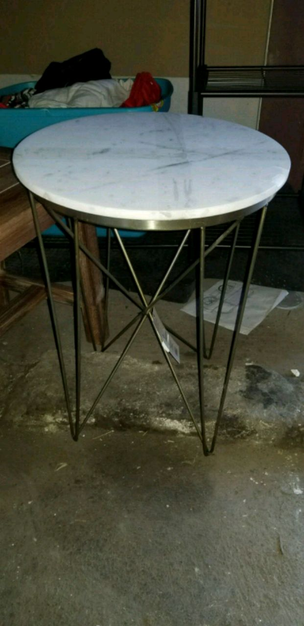 used solid wood table for sale in indianapolis letgo rh us letgo com