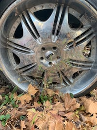 """Dub edition 24""""s rim and tires 5 lug Capitol Heights, 20743"""