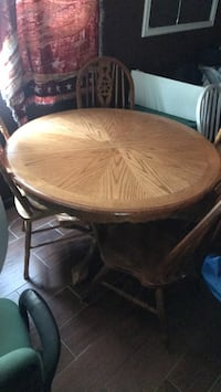 Round Table. w 4 chairs  Poway, 92064