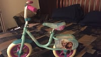 Girls frozen 10 inch bicycle with training wheels only used twice Upper Marlboro, 20774
