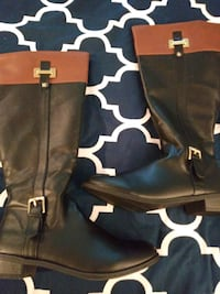 Womens black and tan boots. Size 10