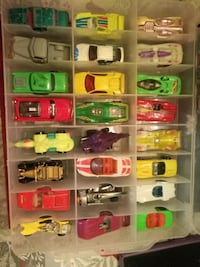 Mixed lot of 55 toy Cars/Vehicles, Hot Wheels, Matchbox & More