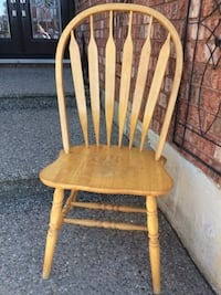4 Solid wood chairs for sale $10ea or $25set Cambridge, N1T 1P1