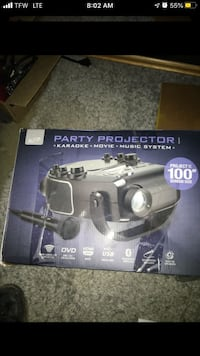 New Party Projector w/mic Indianapolis, 46234