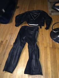 Full leather sport biker suit size 48 gently used one owner mint condition make an offer p.s I took the shoulder pads out for a better fit and lost them great for small male  or female Toronto, M5N 2J1