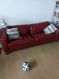 ITALIAN RED LEATHER SOFA (100% AUTHENTIC) Mississauga, L4X 2Z3