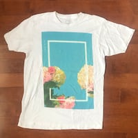 THE 1975 Official Band Tee Pickering, L1V 4G7