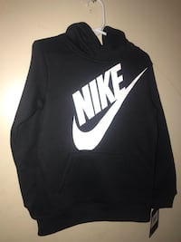 Kids 4TBlack and white nike pullover hoodie Austin, 78748