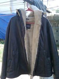 Wilson's leather coat sz. Large like New. Denver
