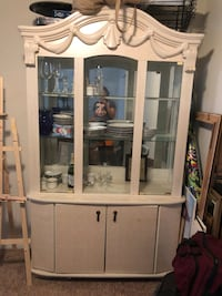 China Cabinet (Price Negotiable) Pikesville, 21208