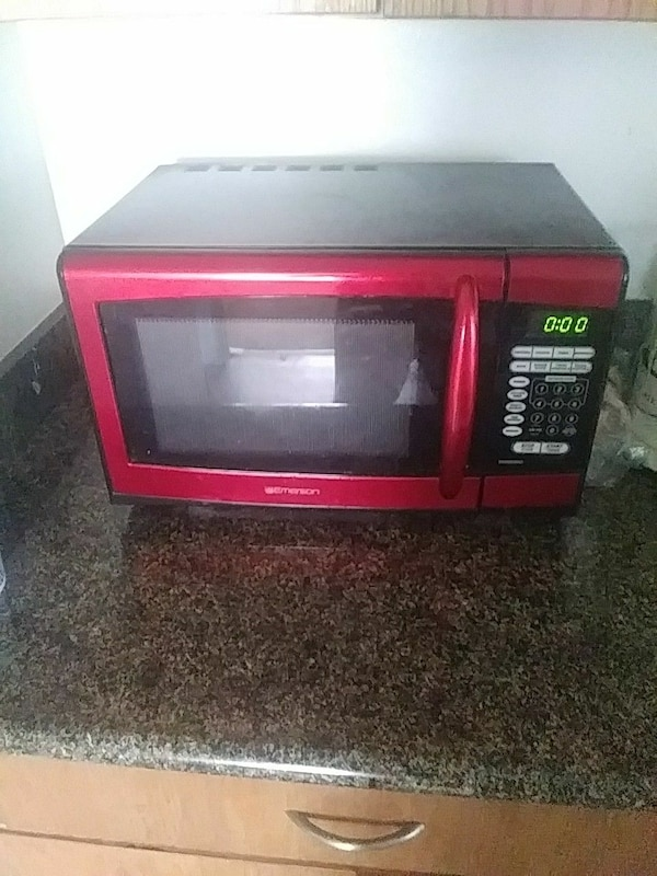 Used Red Emerson Microwave Oven For Sale In Los Angeles