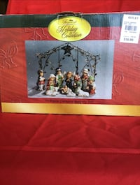Assorted Christmas sets (LOT) Augusta, 30907