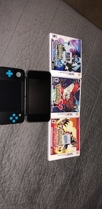 New 2DS XL w/ Pokemons Ultra Moon, Y, and Omega Ruby, Lego Jurassic Park, and Mario Kart 7 Bakersfield, 93312