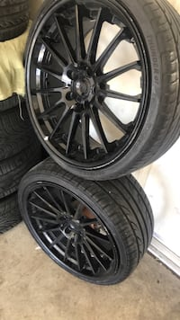 """20"""" inch rims with pretty brand new tires"""