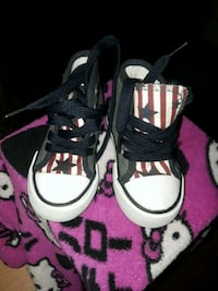 gray-white-and-red striped star print high-top sneakers Tampa, 33610