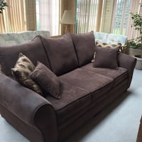 brown suede 3-seat sofa Youngstown, 44512