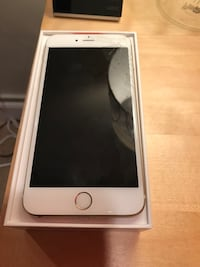 Gold iPhone 6 Plus and very good condition unlocked  Capitol Heights, 20743
