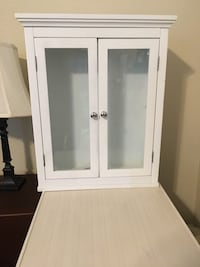 Small Cabinet with Shelf Elk Grove, 95624