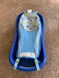The First Years Sure Comfort Deluxe Newborn to Toddler Tub wtih Sling, Blue