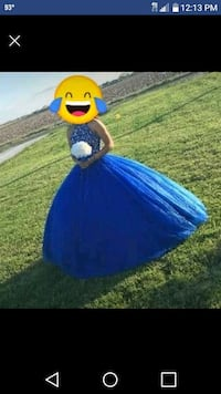 Quinceanera dress with crown & bouque size 6 San Benito, 78586