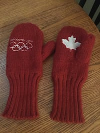 Adults 2010 Olympic mitts.  Ns, pet friendly home Surrey, V3W 0V8