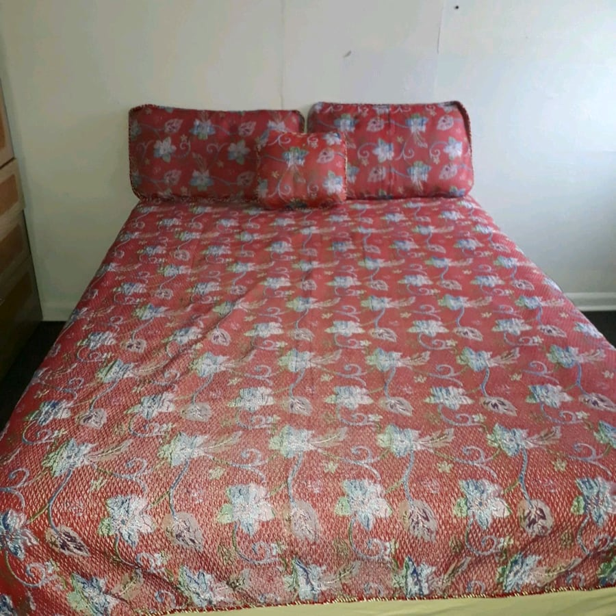 Size double bed frame and mattress bed sheet pillow cover
