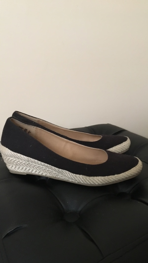 American eagle shoes size 7 0
