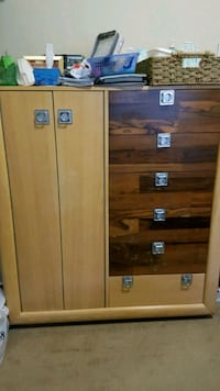 Solid Wood chest of drawers  Richmond, V6Y 2V5