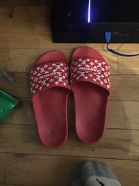 Selling Louis supreme slides