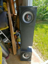 """12"""" subs.  was in 2008 F150 529 mi"""