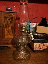 Crystal oil lamp.  Washington, 20011
