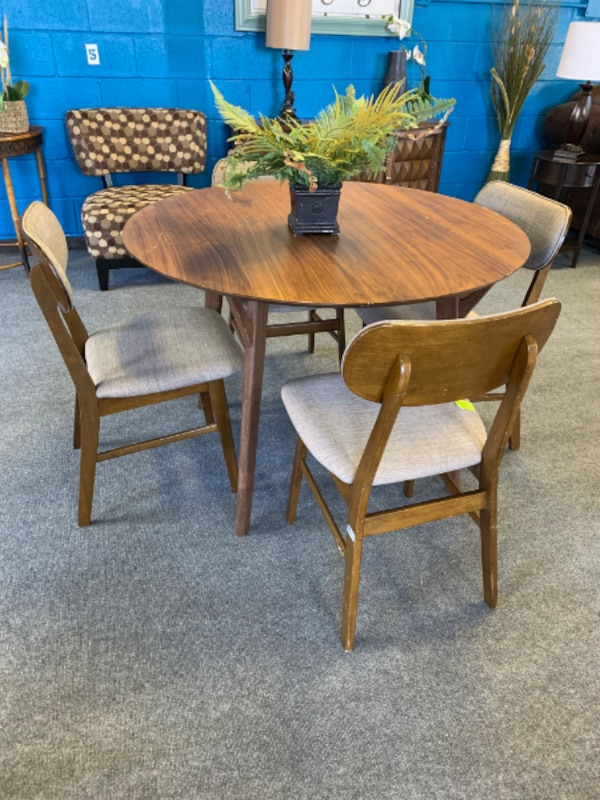 Mid Century Brown 4-Seater Dining Set