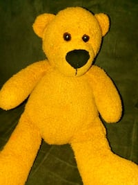 yellow and bear plush toy Winchester, 22602
