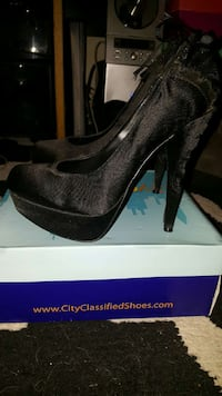 black suede platform pumps Santa Cruz, 95060