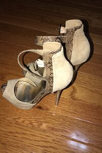Suede size 5 women high heels