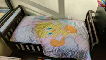 Tweety Bird Toddler bedding set.