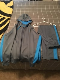 Nike Therma Fit zip-up hoodie and matching pants. XL top, Med bottoms.  Phenix City, 36867