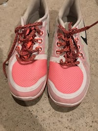 Nike ladies  7240 km